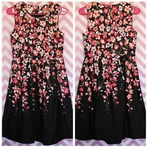 Talbots Pretty Black Floral Dress Size 4P